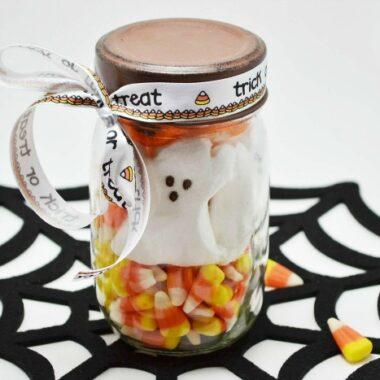 Halloween Mason Jar Craft