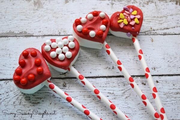 Marshmallow-heart-pops