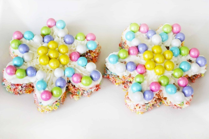 Fruit Pebbles Marshmallow Treats 1