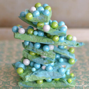 blue-and-green-easter-bark