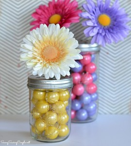 #DIY: Gumball Filled Mason Jar Flower Vase – Mother's Day Gift Idea
