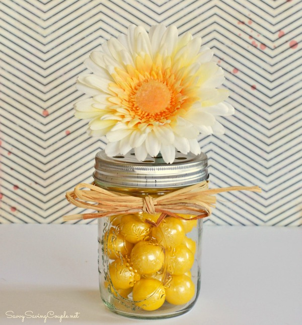yellow-daisy-mason-jar-vase-1