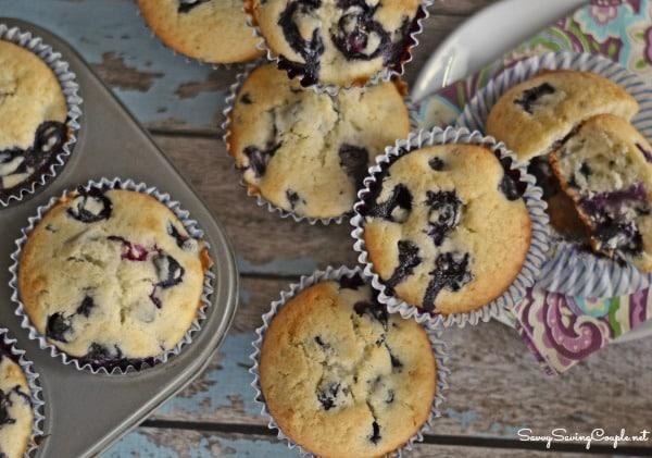 dozen-of-blueberry-muffins-1