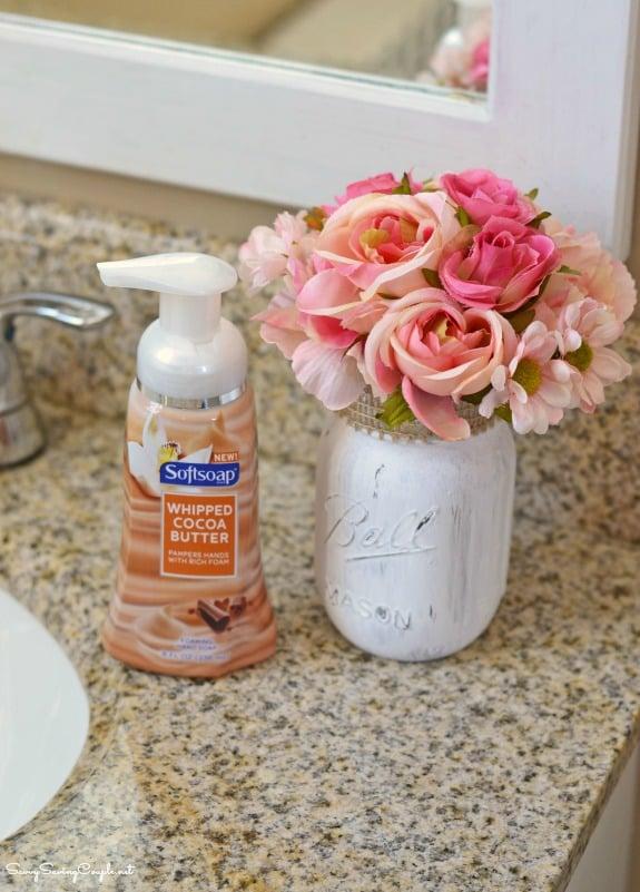 bathroom-mason-jar-flowers1