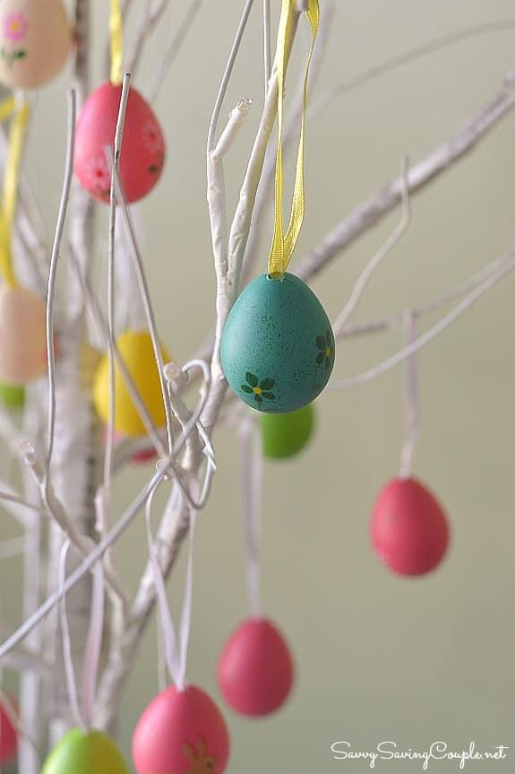 primitive-easter-egg-tree