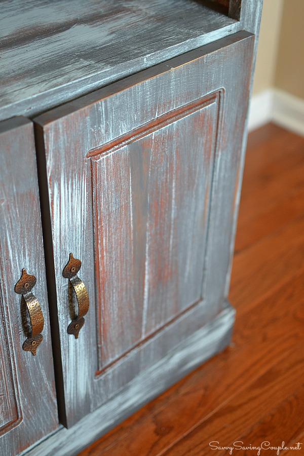 faux-distressed-wood