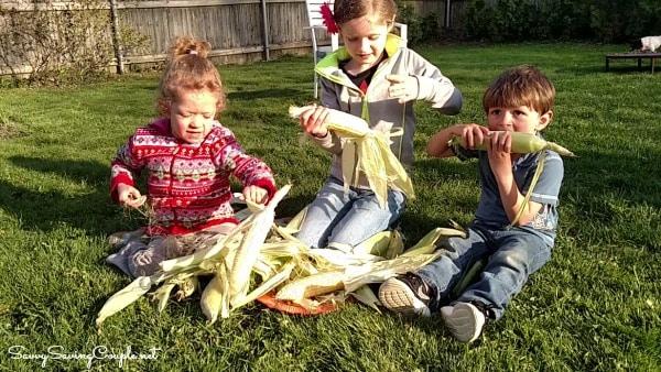 kids-husking-corn