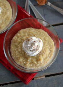 Vanilla-cinnamon-rice-pudding-in-dish