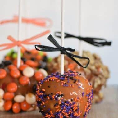 Halloween-candy-apples