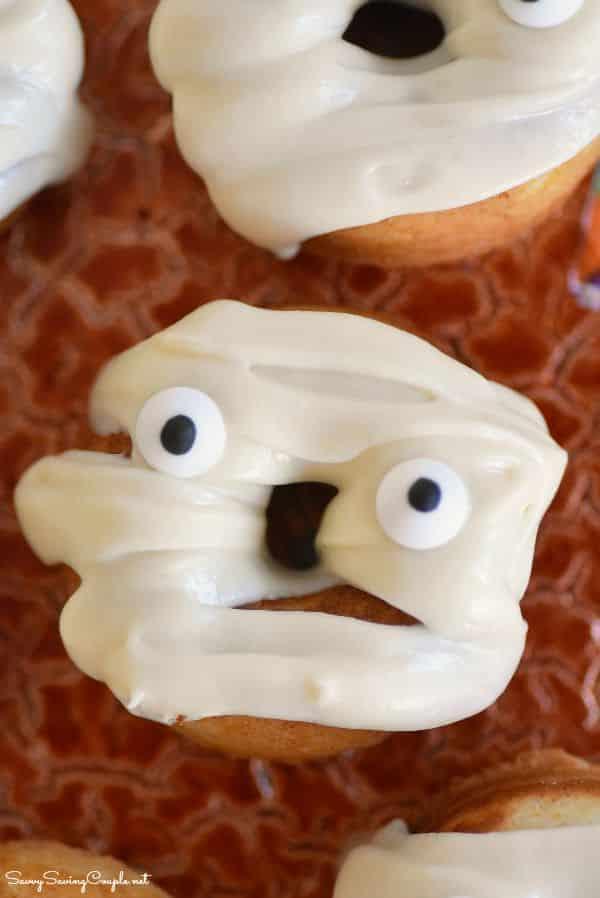 Mummy-doughnut