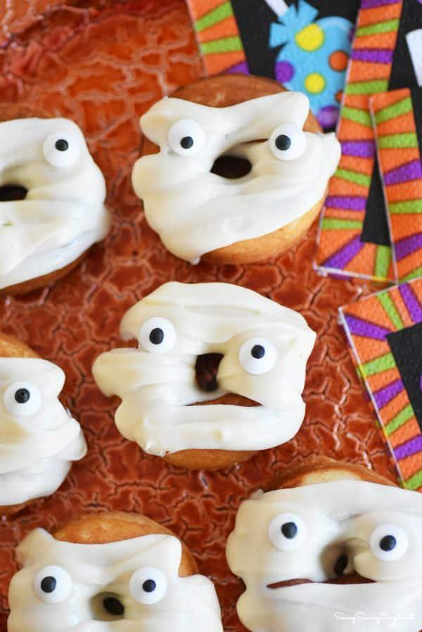 Vanilla-baked-mummy-doughnuts