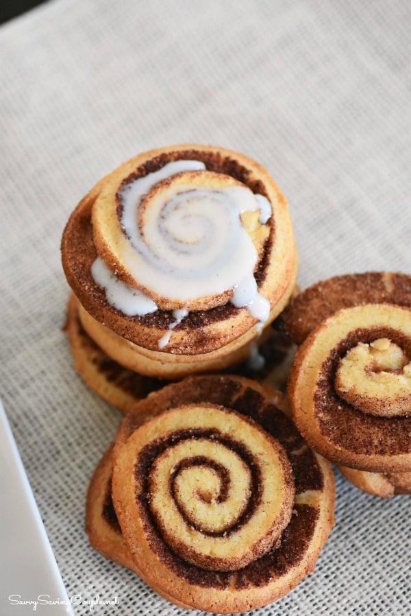 Cinnamon-glaze-cookie