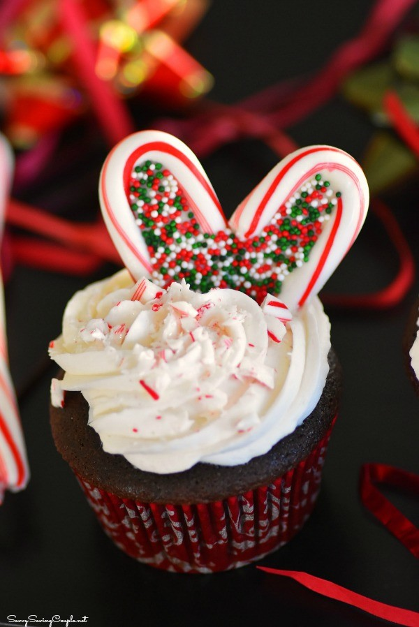 Candy Cane Heart Cupcakes & A Special Ornament