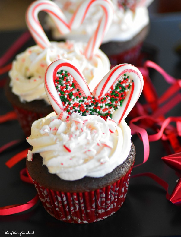 Chocolate-candy-cane-hearts