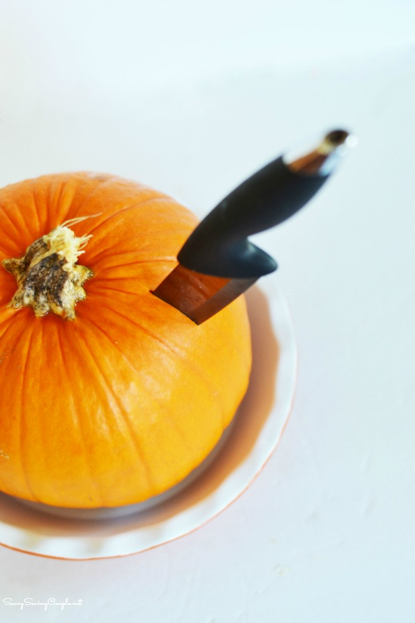 knife-in-pumpkin