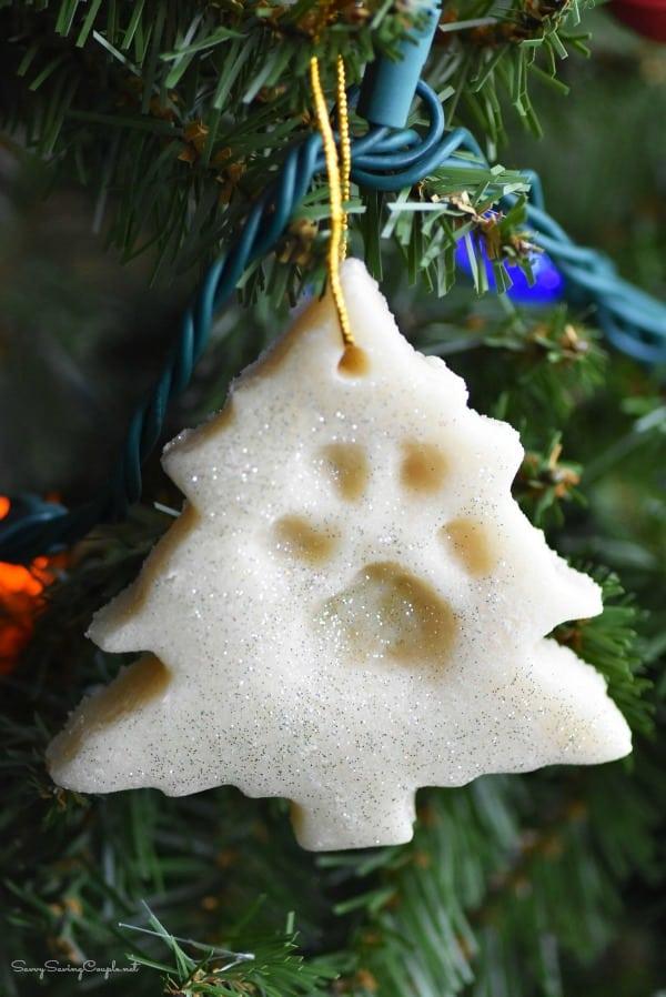 Paw-print-tree-ornament