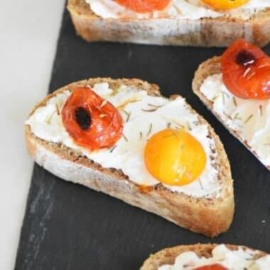 Tomato-and-ricotta-toasts