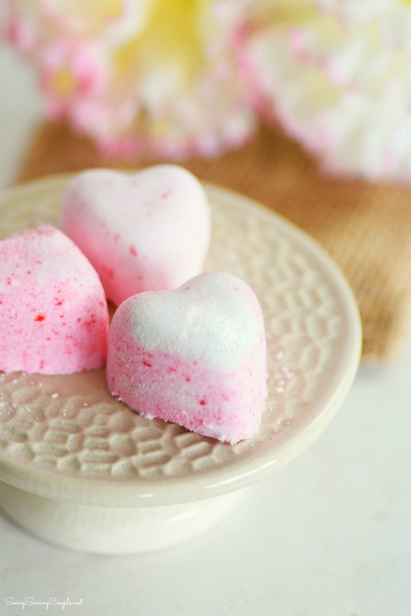 How to Make Bath Bomb Fizzies