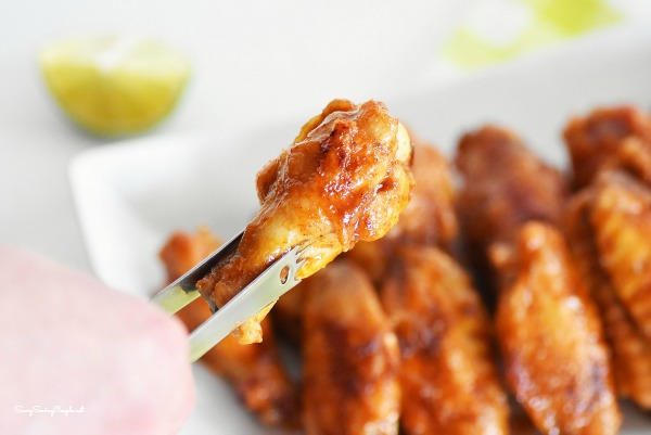 Honey-sriracha-chicken-wingette
