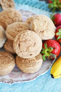 4-ingredient-strawberry-banana-muffins