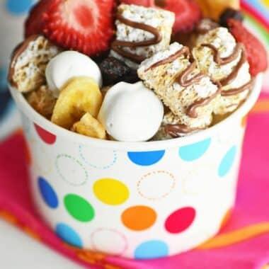 Mini-spooners-breakfast-trail-mix