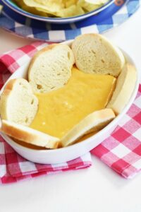 Delicious Beer Cheese Dip