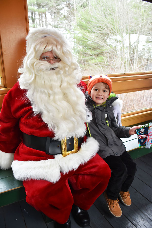 blake-and-santa-edaville_edited-1