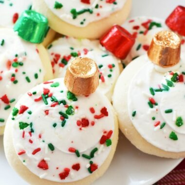 Ornament-cookie-with-Rolos