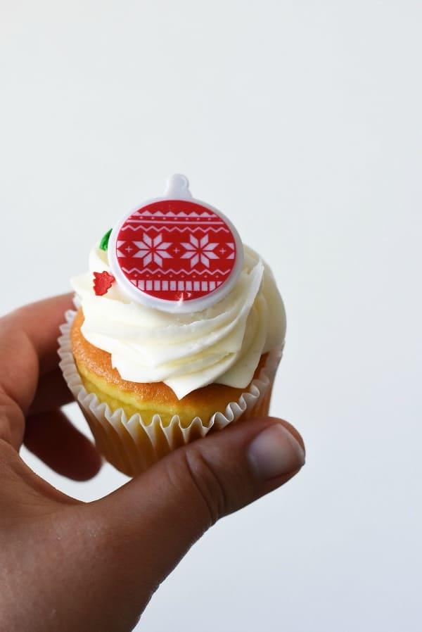 holiday-cupcake