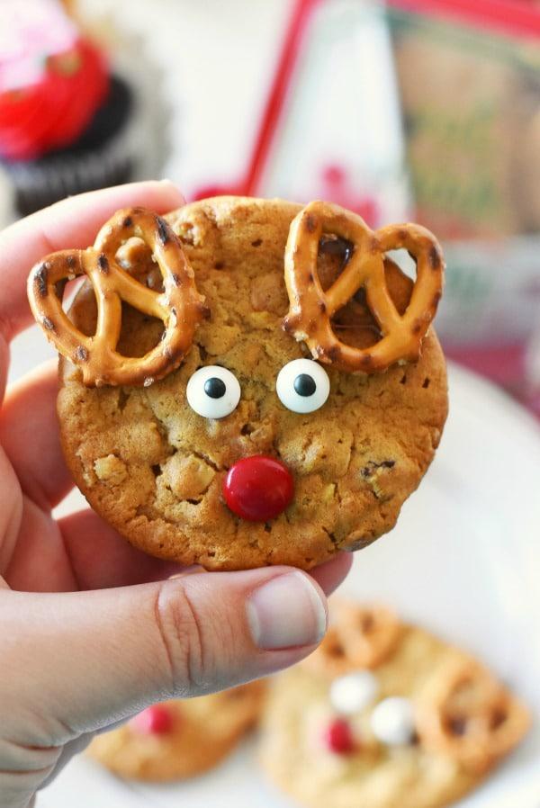 Easy Reindeer Cookies Holiday Entertaining Ideas