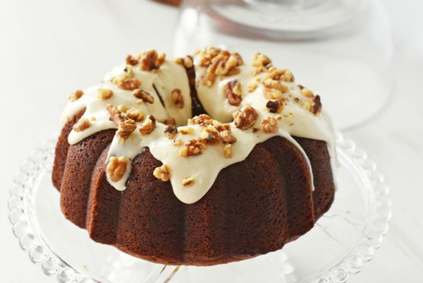 Banana-Cream-cheese-bundt