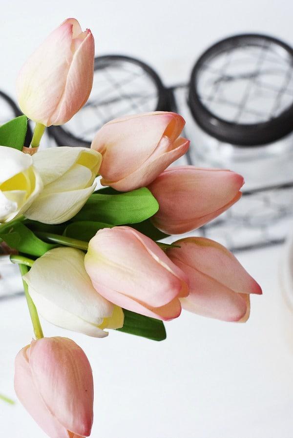Faux-tulips