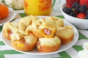 Ham Egg Cheese Onion Crescent Bombs1