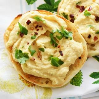 Hummus English Muffins1