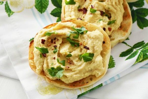 Hummus on English Muffin1