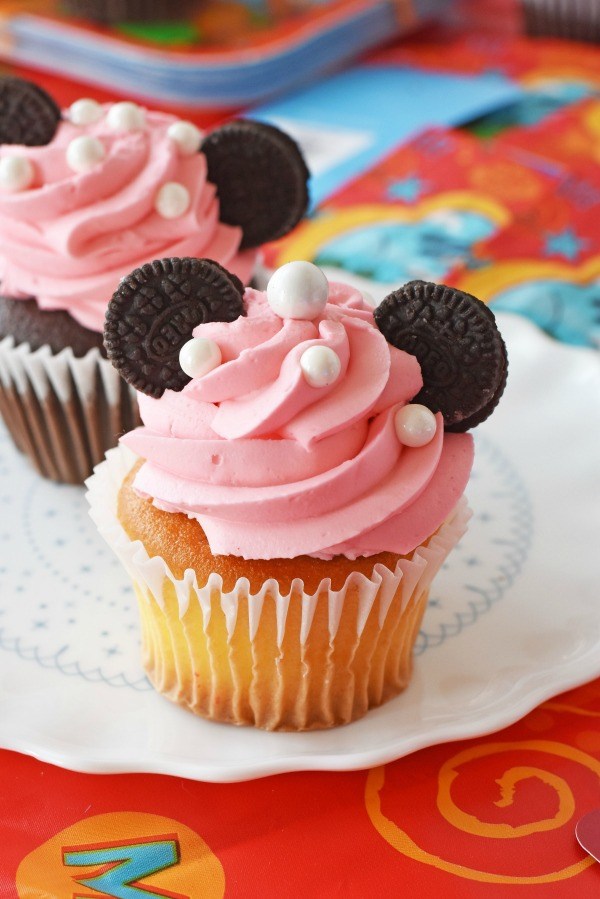 Baby Pink Mickey cucpakes1