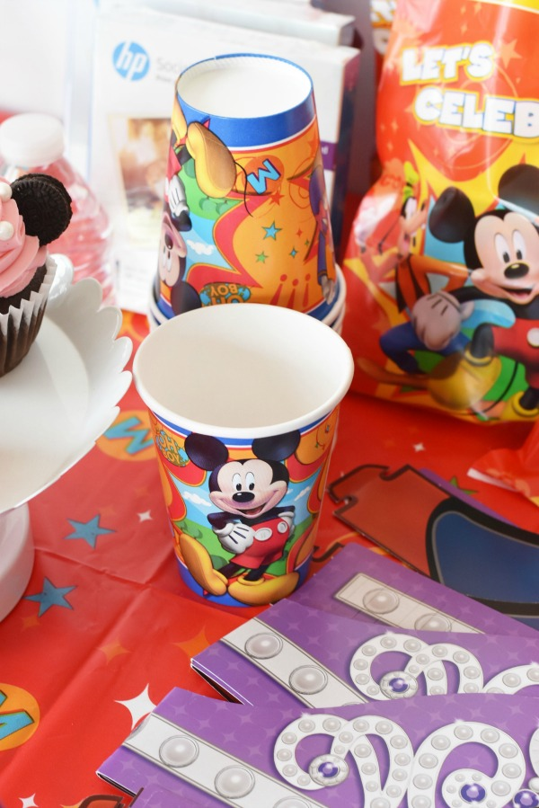Mickey Mouse paper cups1