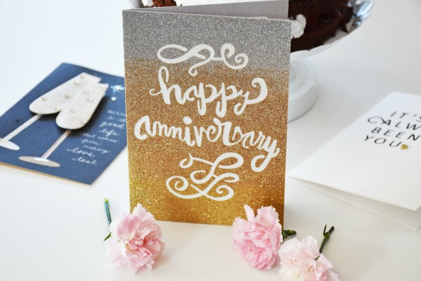 Hallmark Anniversary cards and cake1