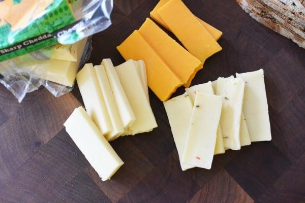 Sliced chunk cheese