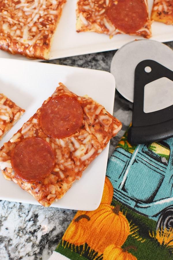 Ellios Pizza