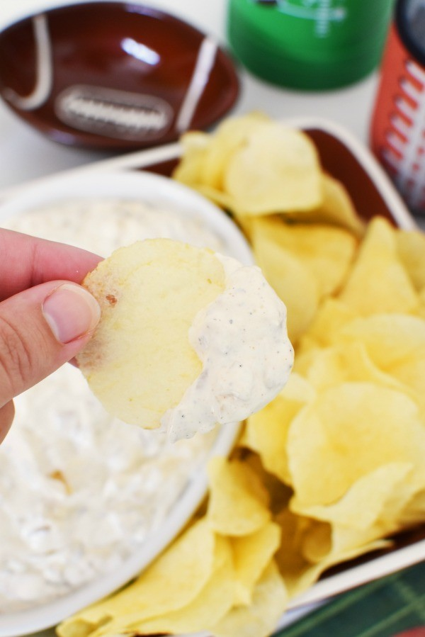 Homemade French Onion Dip on chip1