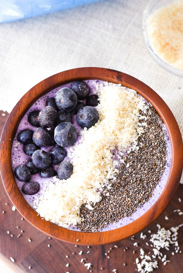 Blueberry Coconut Smoothie Bowl Recipe