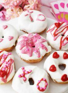 DIY Valentine's Day Donuts Hack