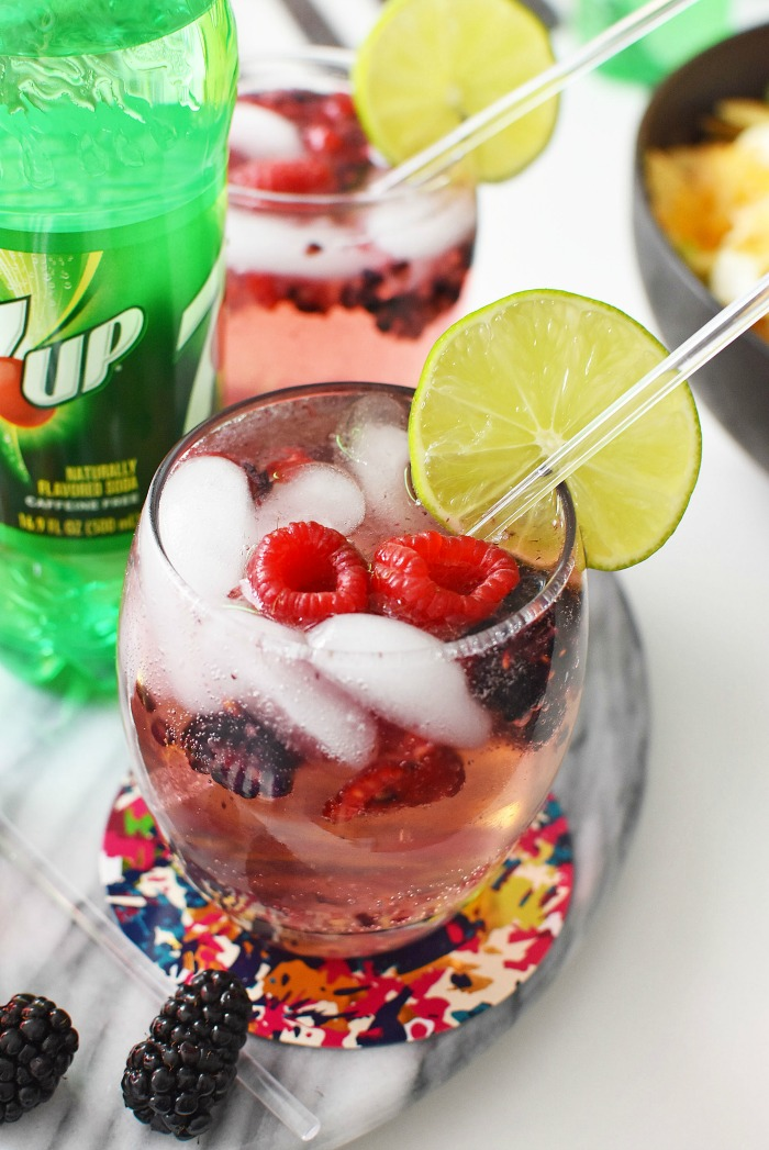 Berry Mocktail with 7UP1