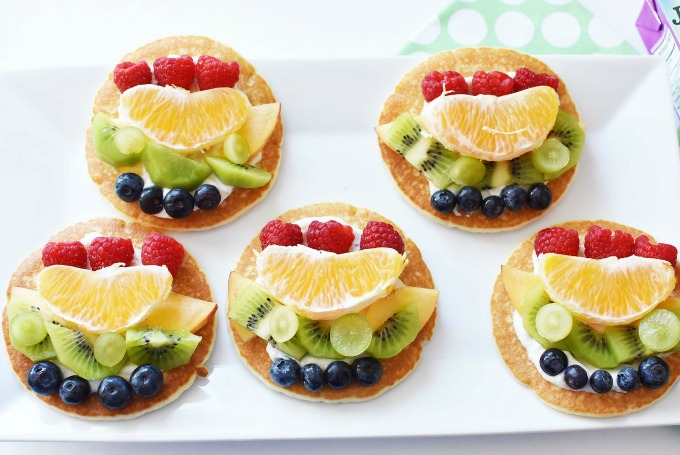 Mini Pancake Fruit Pizzas Recipe1