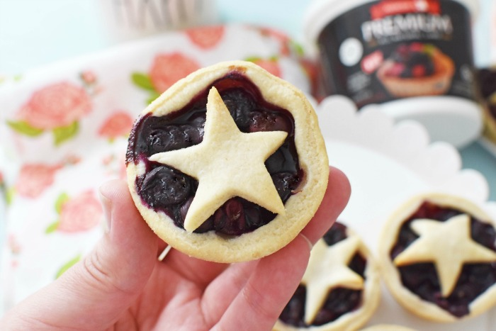 Mini Star Blueberry Pie