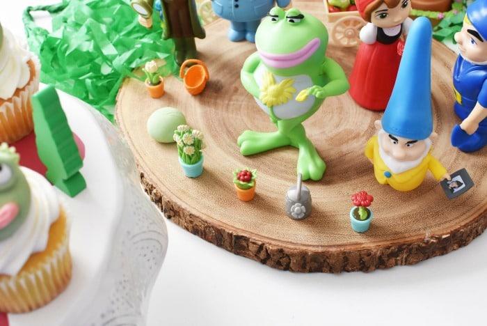Nanette Frog Burger King Toy