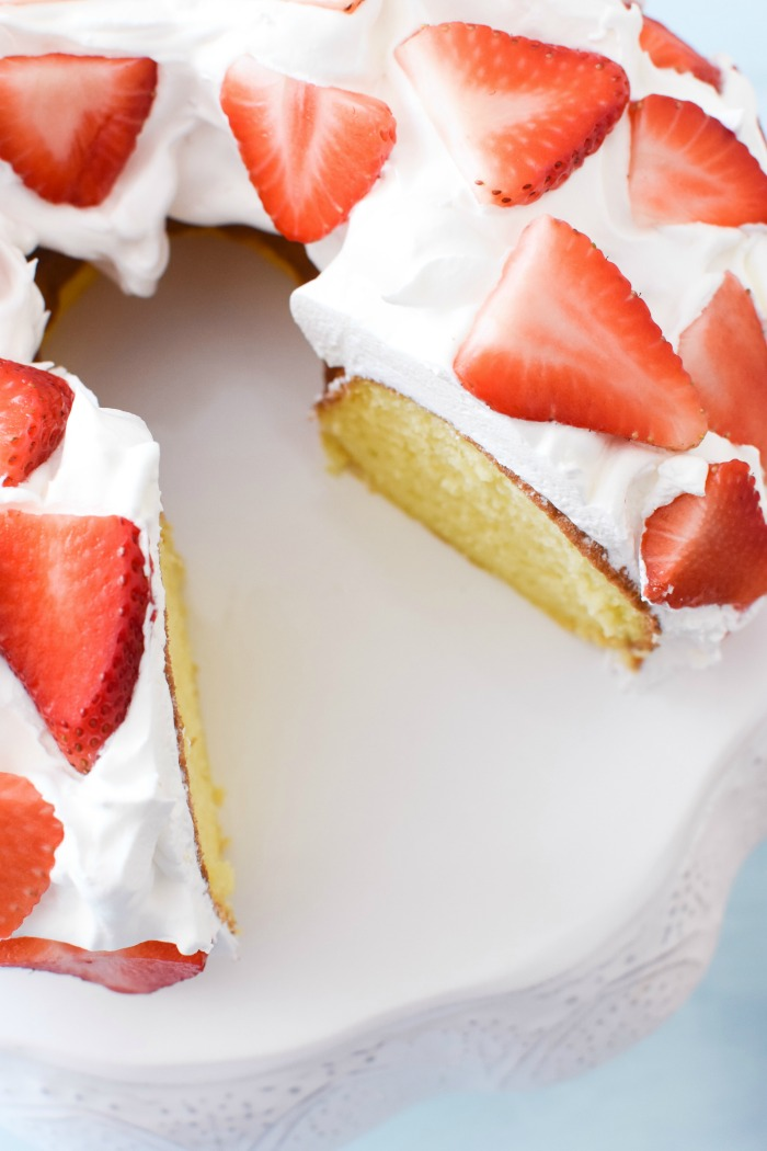 Strawberries and Cream lemon cake 1