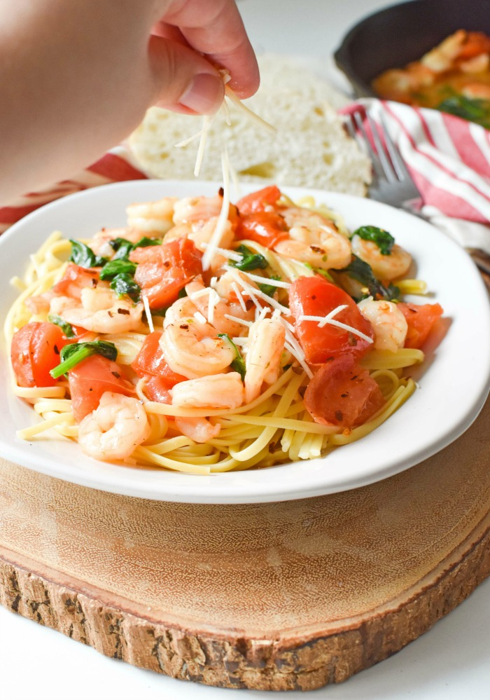 Parmesan_Garlic_Shrimp_Pasta