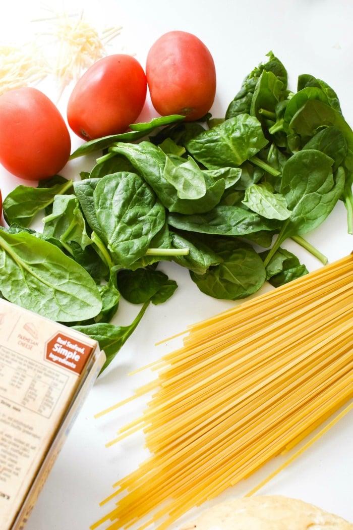 Fresh Tomato, Spinach, and Shrimp Linguine
